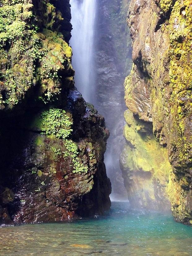 滝 本滝2b.jpg